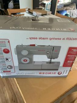 Singer 4423 HEAVY DUTTY Sewing Machine. FREE SHIPPING!!!!