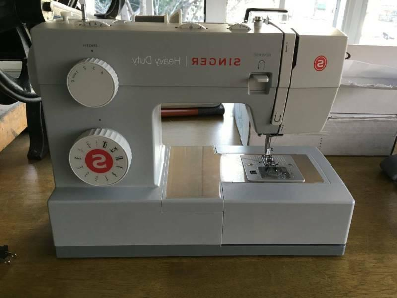 Singer 4411 Sewing - FREESHIP