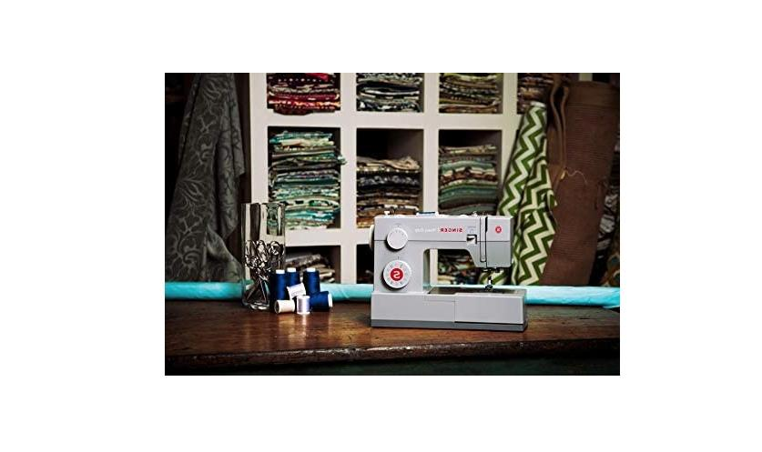 SINGER 4423 Classic Heavy Duty Sewing with 23 Built-In