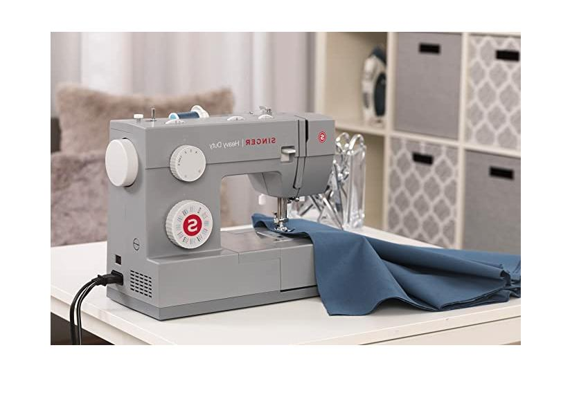SINGER MX60 Sewing Machine 🧵 - - Today