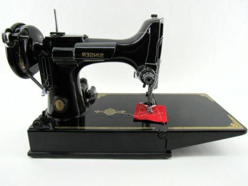 Amazing 221 Centennial Featherweight Sewing w/Case