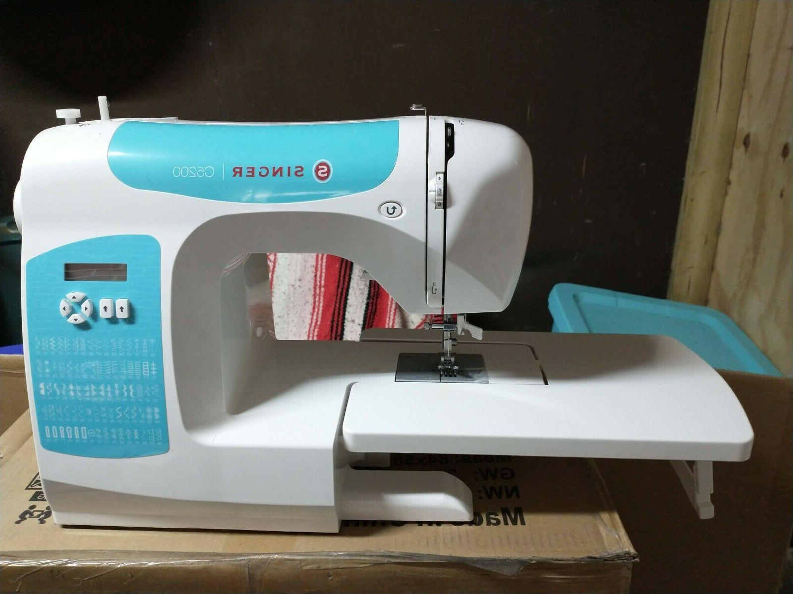 SINGER Computerized Stitch Machine with box