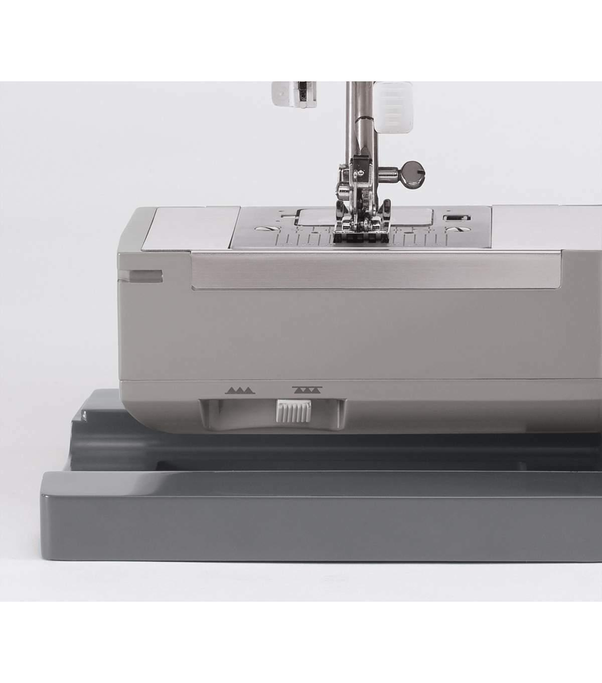SINGER Duty Sewing Machine ***IN - FAST,