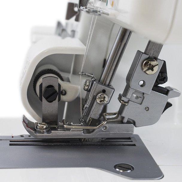 JUKI MO 2/3/4 Thread Serger Sewing Machine