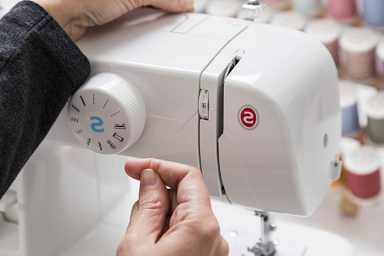Singer 1304 Machine 6 Built in Stitches SHIP🧵
