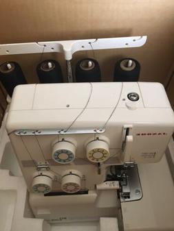 Janome Serger Overlock Sewing Machine 204 204D